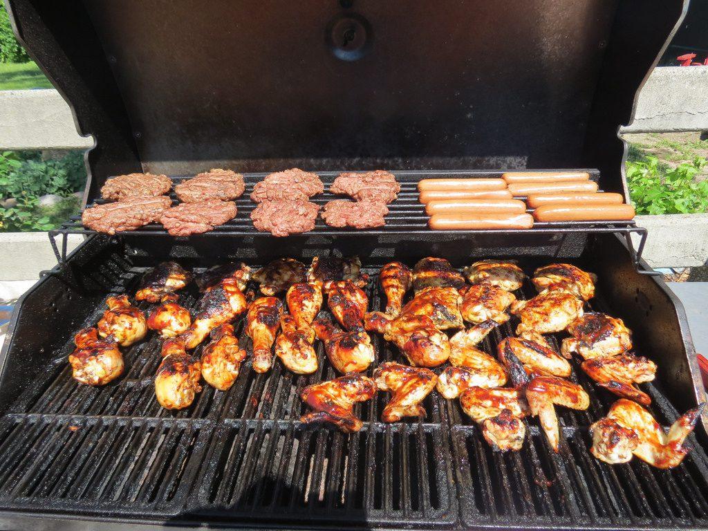 Practice Food Safety for Summer - Avoid Foodborne Illness